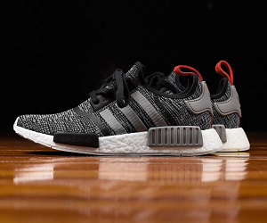 adidas Originals NMD R1推出全新「Glitch Camo Core」黑灰配色