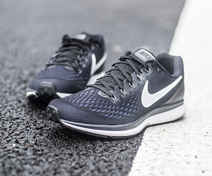 艰难的升级 Nike Air Zoom Pegasus 34跑鞋