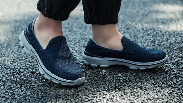 一分钟看装备——SKECHERS GO WALK 3健步鞋(男)53980 NVGY